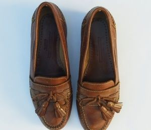 Johnston &Murphy  tassel leather loafers